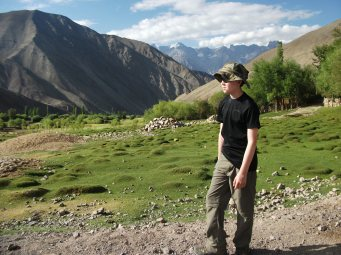 One of the nice things about the Leh trek was the contrast between the barren mountains and lower oasis.