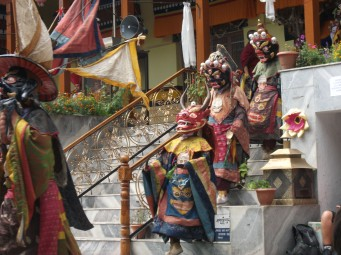 We were licky to be in the right place and at the right time to see the masked monks.