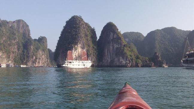 Paddling in Ha Long bay