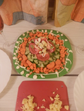 Louise prepares a salad