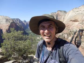 Yeh, alive on top of Angel's Landing.